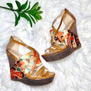 ✨3/$33✨ justfab multicolor wedge